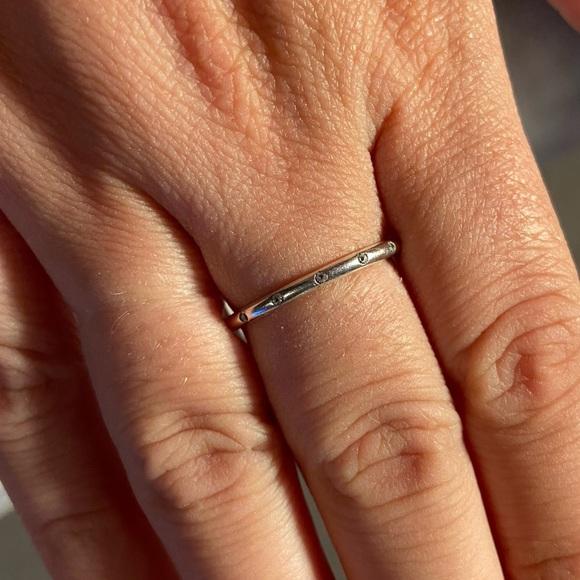 Pandora Ring-simple sparkling band ring